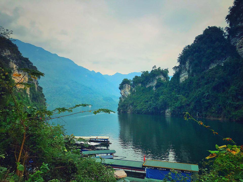 """Hồ Na Hang - """"Vịnh Hạ Long trên núi"""" tuyệt đẹp ở Tuyên Quang"""