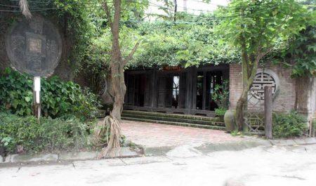Nhà cổ Vạn Vân trăm tuổi ở làng gốm Bát Tràng