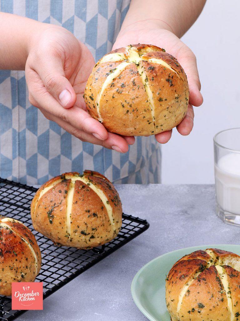 Công thức làm bánh mì bơ tỏi