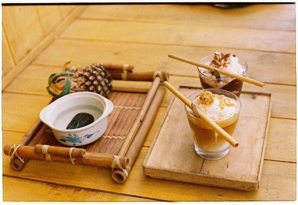 Chủ Nhật Cafe