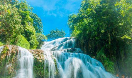 Mùa mưa ở thác Mu Hòa Bình