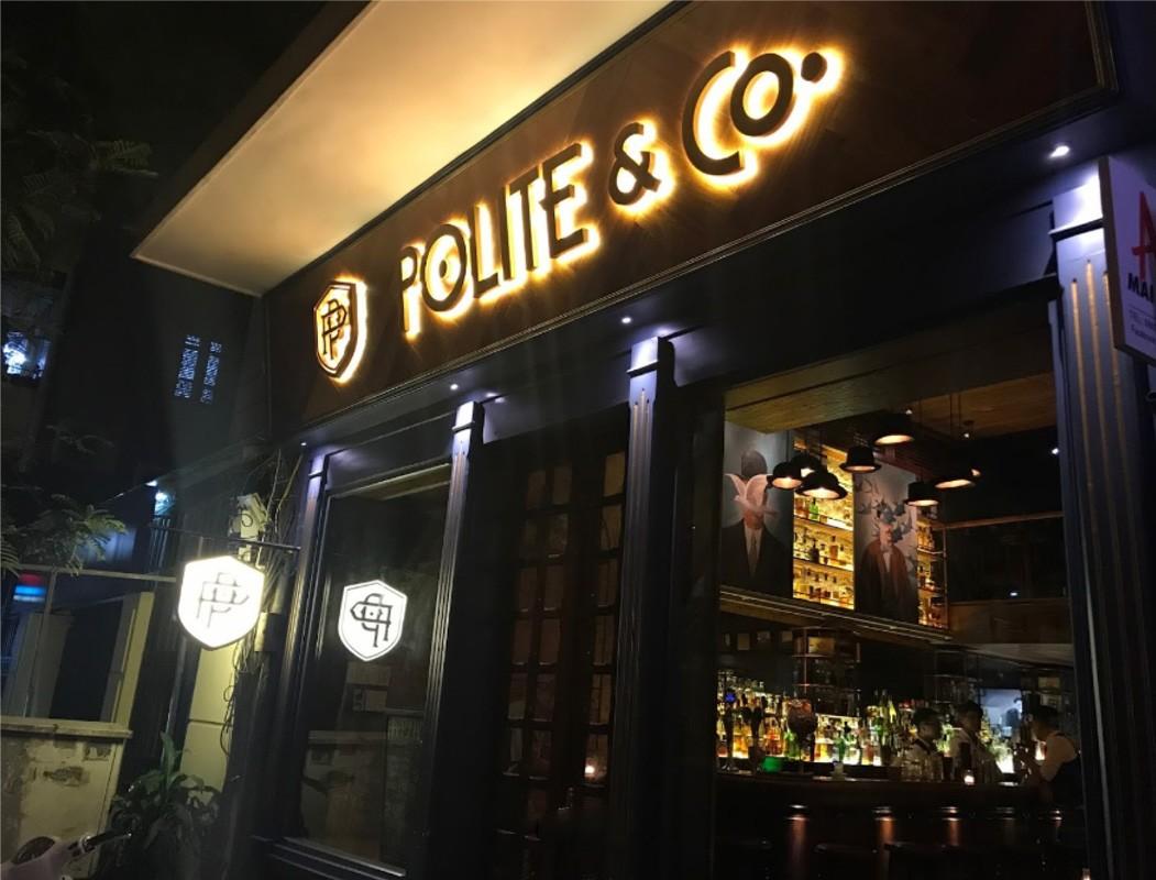 Pub cực chill tại Hà Nội - Polite & Co