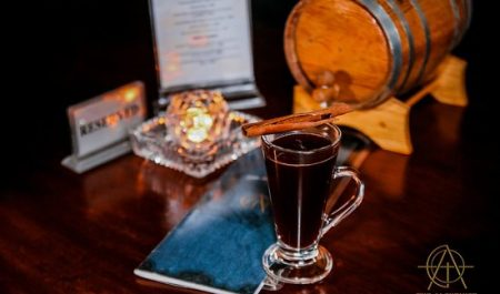 Pub cực chill tại Hà Nội - The Alchemist - Cocktail bar