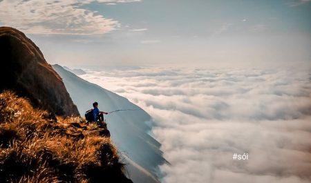 Săn mây ở sống lưng Lạc Đà Tà Xùa