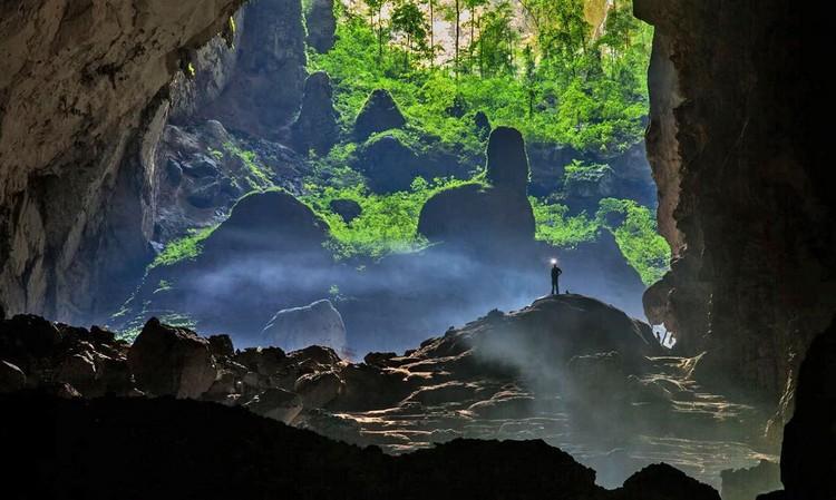 Thám hiểm hang Sơn Đoòng