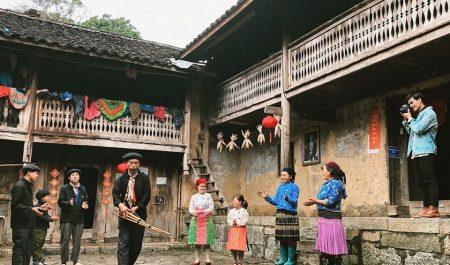 Làng văn hóa du lịch Lũng Cẩm