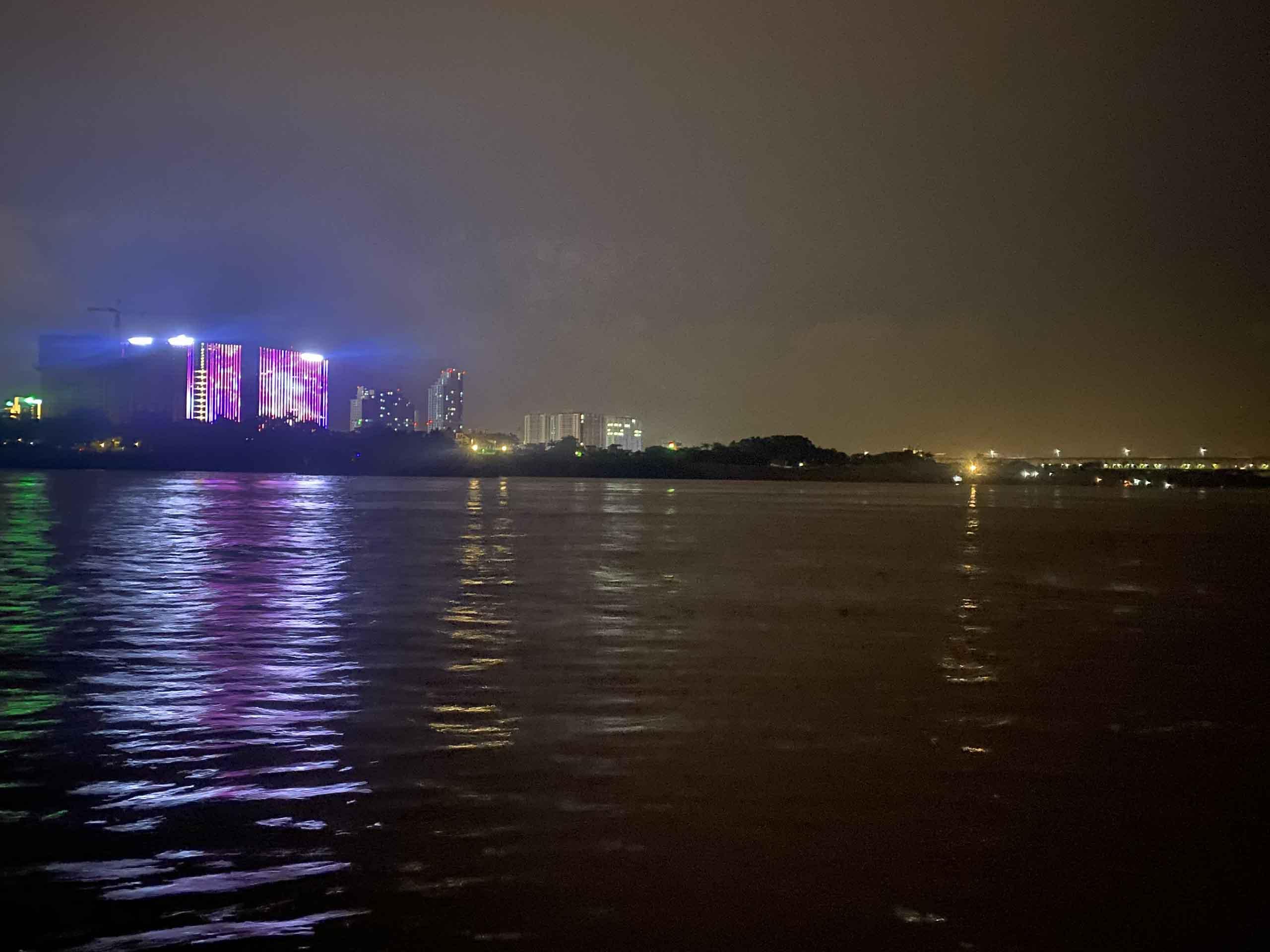 Đảo Mây Trắng sông Hồng ở đâu
