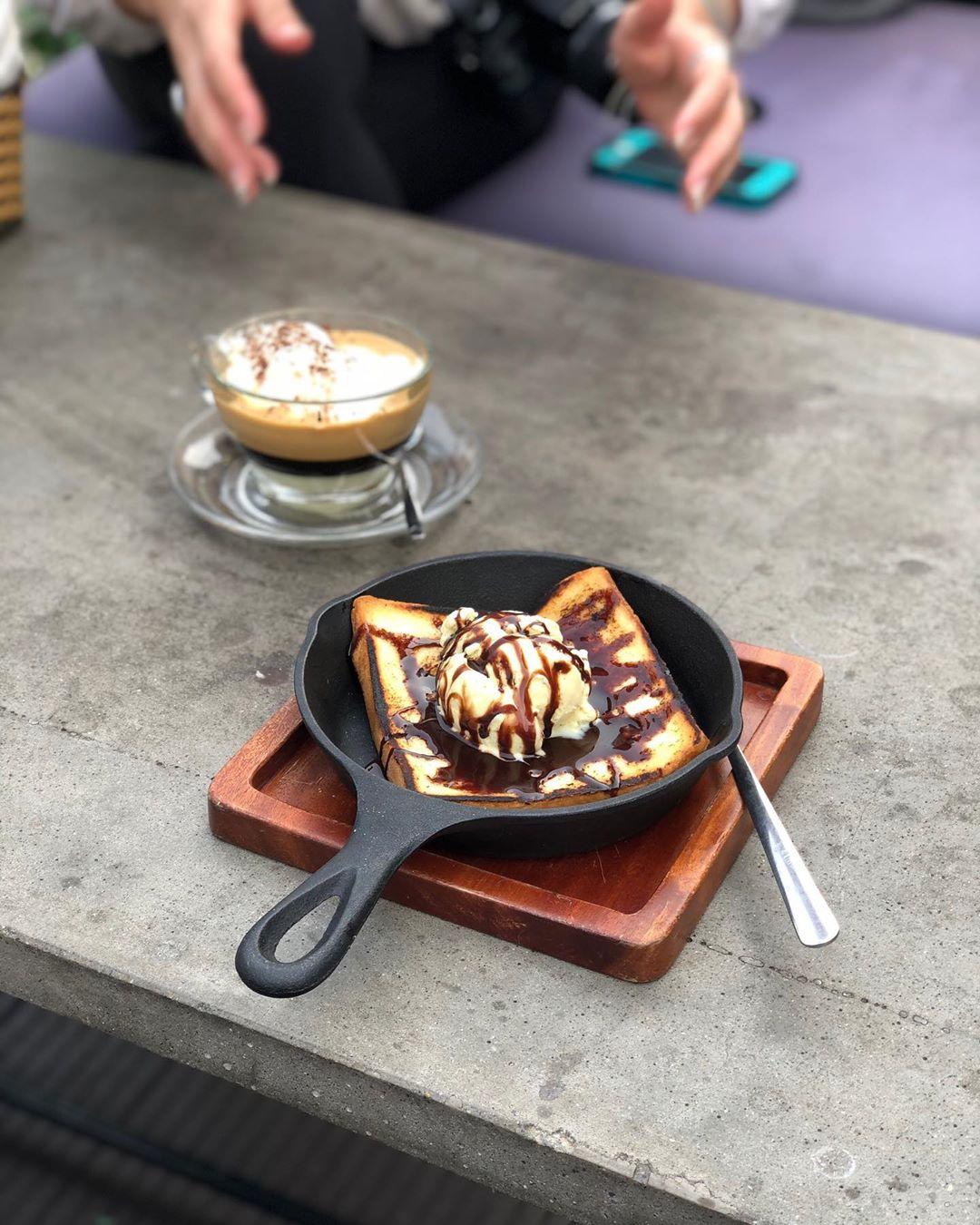 Coffee Club Hoàn Kiếm