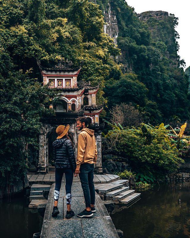 Chùa nổi tiếng ở Ninh Bình