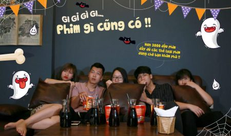 quán cafe chiếu phim ở Hà Nội