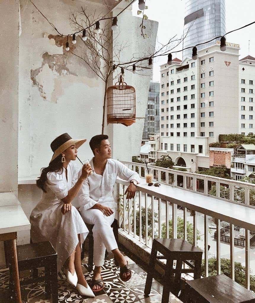 Đến Sài Gòn check-in ở đâu? - Nhà thờ Đức Bà