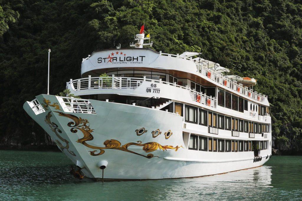 Starlight Cruise – Du thuyền hạng sang ở Vịnh Hạ Long