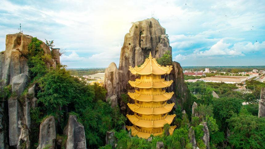 Núi nhân tạo dài nhất Việt Nam